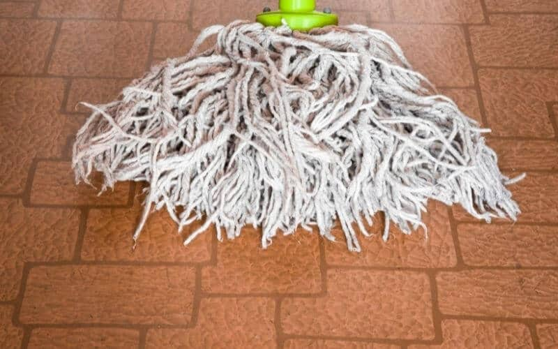 how to clean discolored linoleum flooring with mop