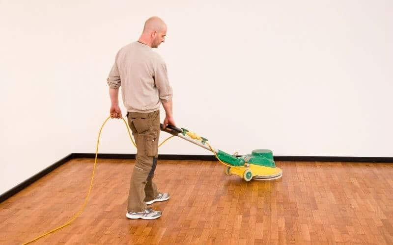 can you paint or stain laminate flooring