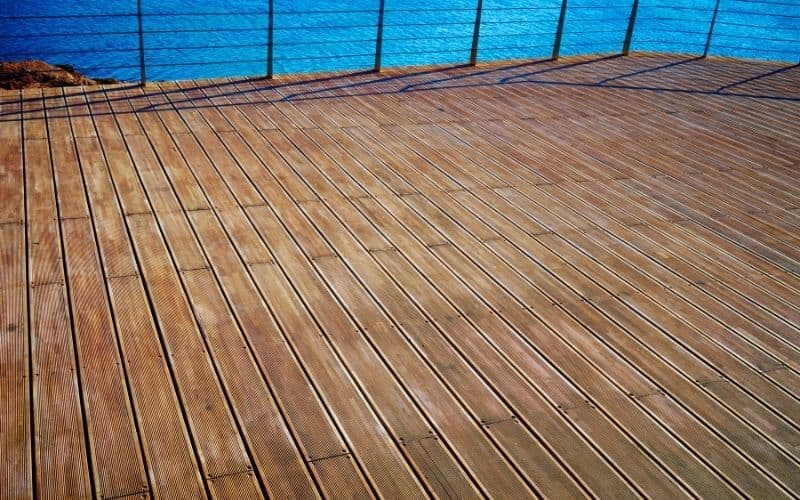 how to clean old wooden floorboards