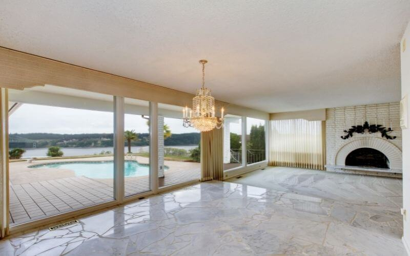 how to clean white marble floors