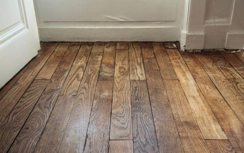 how to fix loose floorboards under carpet
